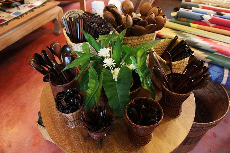 Hand-carved hardwood eating utensils